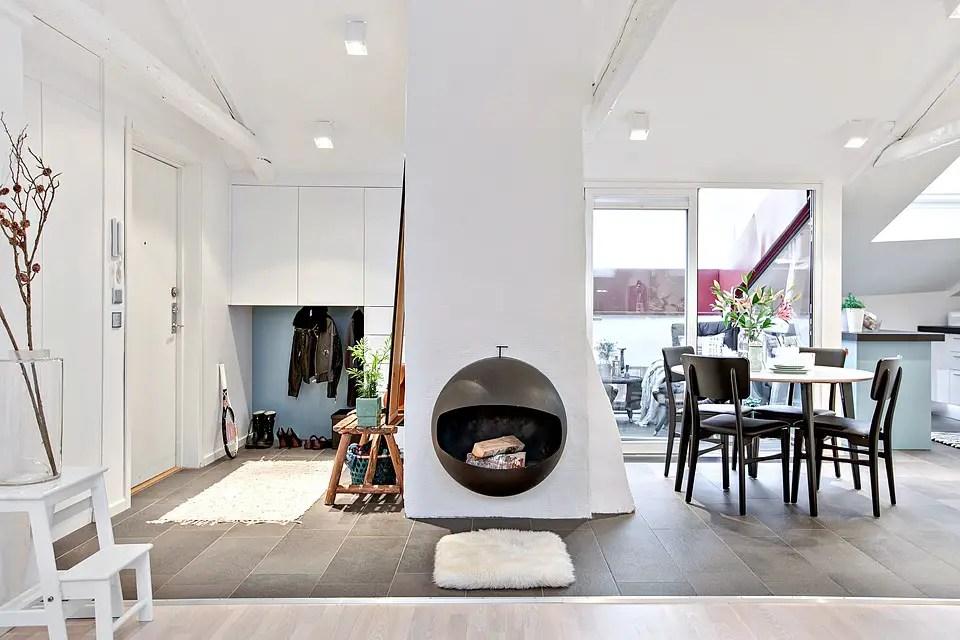 une terrasse sur les toits rouges planete deco a homes world. Black Bedroom Furniture Sets. Home Design Ideas