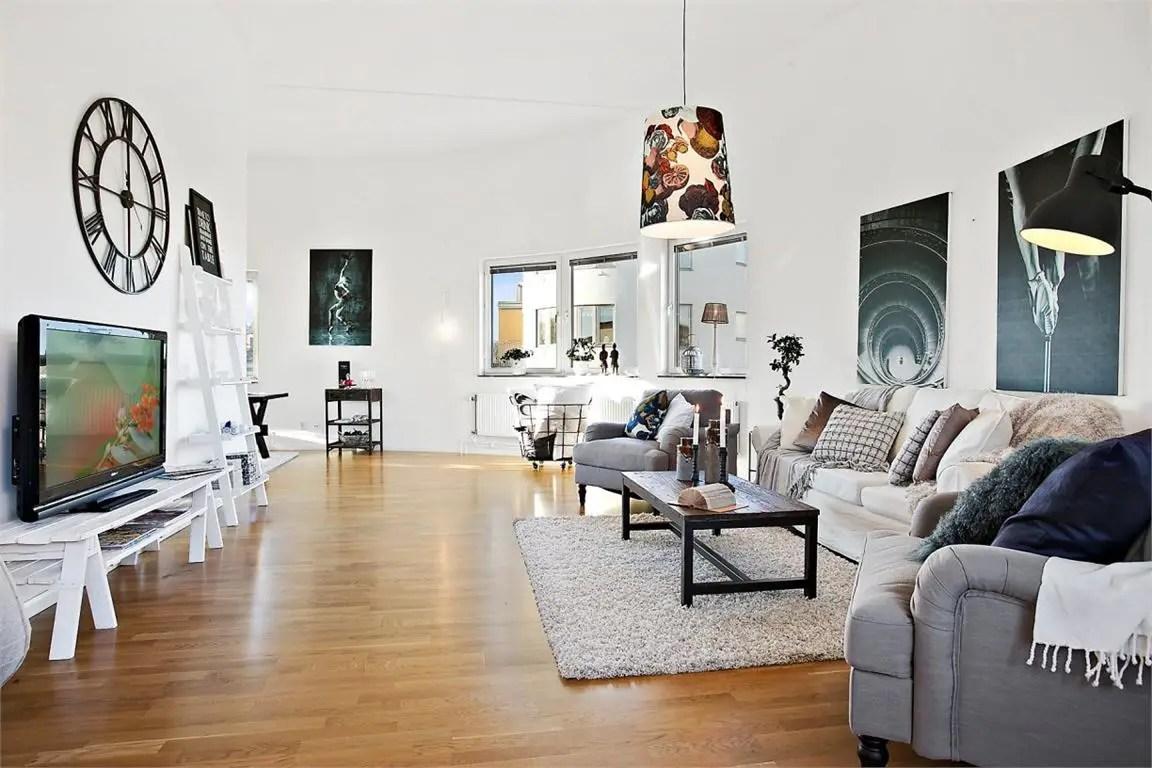 fr10. Black Bedroom Furniture Sets. Home Design Ideas