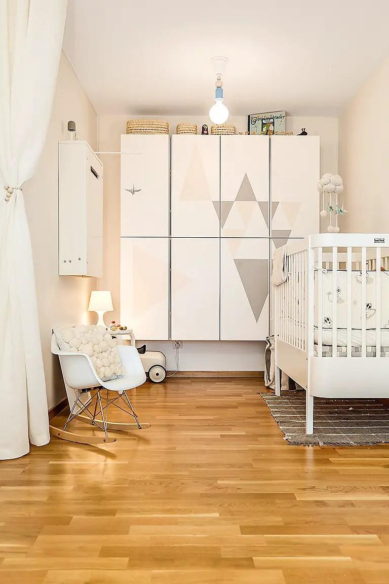ma0. Black Bedroom Furniture Sets. Home Design Ideas