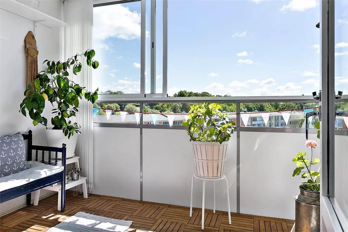 comment am nager un balcon ferm planete deco a homes world. Black Bedroom Furniture Sets. Home Design Ideas