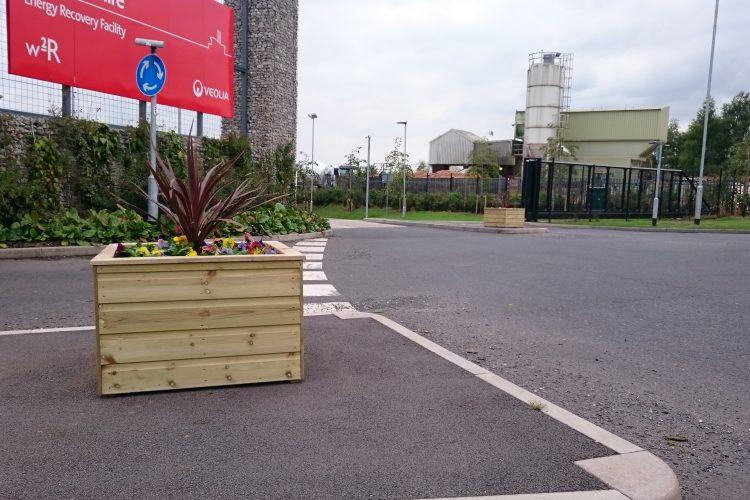 Entrance planters