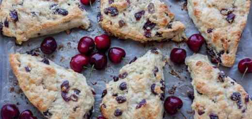 White Chocolate Cranberry Scones recipe - www.platingpixels.com