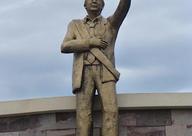 Estatua de Kirchner en Formosa