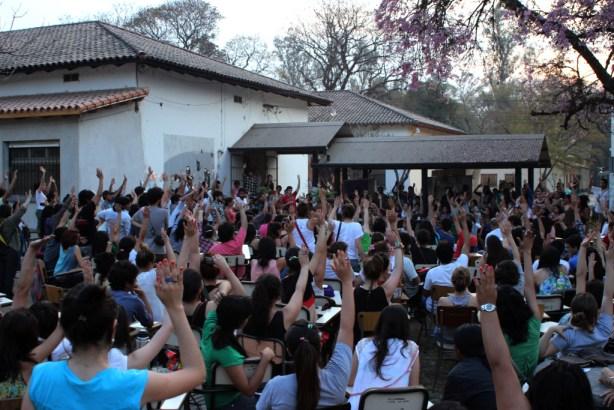 Asamblea interestudiantil en Tucumán.