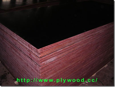 Black Film Faced Plywood (used as Concrete Form / Formwork)