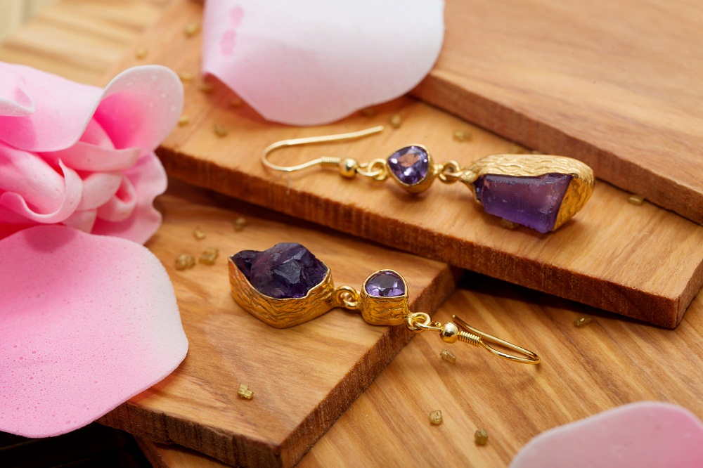 Inspiring handmade jewelry and gifts by Sitara Collection