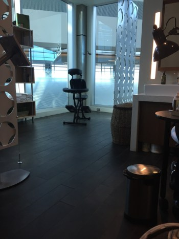 dfw dallas centurion lounge american express review airport business first class elite lounge