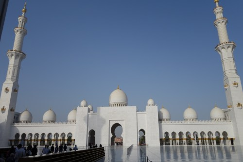 park hyatt abu dhabi pool beach camels dune bashing tour emirates palace high tea sheikh zayed grand mosque