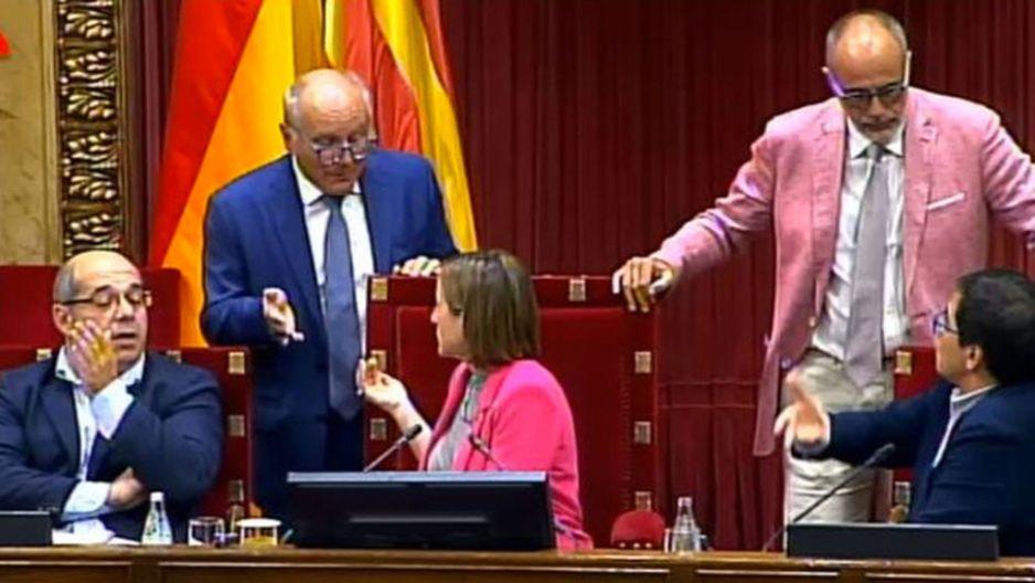Parlament_de_Cataluna-1-O-_Referendum_1_de_octubre-Famosos_244738917_45644965_1024x576