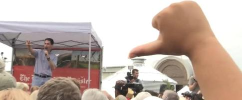 scott walker booed iowa state fair