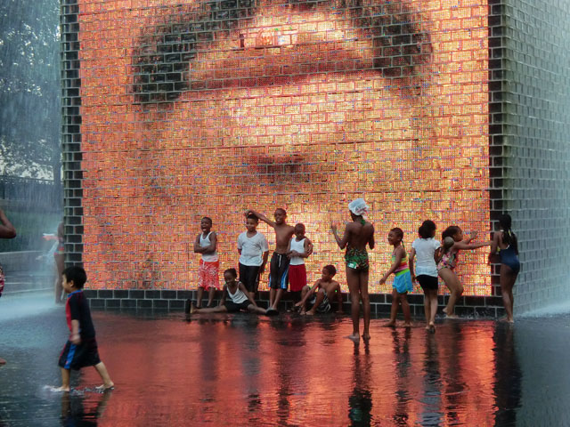 Crown Fountain Chicago- fun things to do in Chicago