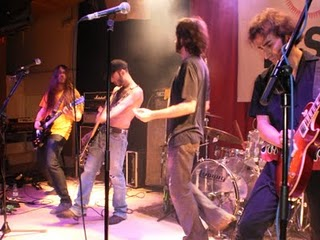 Electric Fence en la Sala El Sol