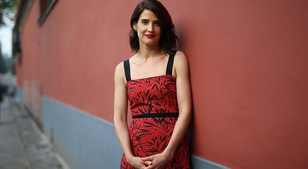 """BEIJING, CHINA - OCTOBER 11:  Cobie Smulders visits the Forbidden City during the promotional tour of the Paramount Pictures title """"Jack Reacher: Never Go Back"""", on October 11, 2016 in Beijing, China.  (Photo by Emmanuel Wong/Getty Images for Paramount Pictures) *** Local Caption *** Cobie Smulders"""