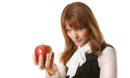 tatjana-aleksik-jabolko