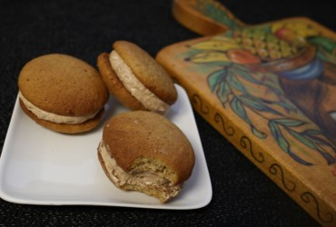 Banana Whoopie Pies | Pork Cracklins