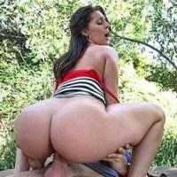 Big booty white girl fucked outdoors Bangbros Online