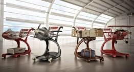 TAM transforma carrinhos em réplicas de aviões