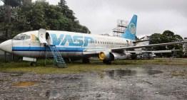 Antigos aviões da Vasp viram boate e restaurante