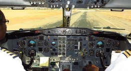 Air Zimbabwe 737-2N0/Adv Cockpit – Approach & Landing