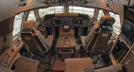 Boeing 747-8 Lufthansa Cockpit | landing in Frankfurt