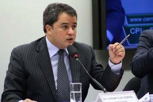 Efraim Filho participa de encontro nacional em defesa de vaquejadas em João Pessoa