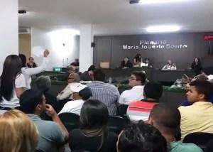 Cuiteenses são intimados a depor após serem acusados de vandalismo na Câmara Municipal
