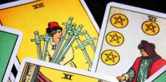 Pares de Cartas durante as leituras de tarot