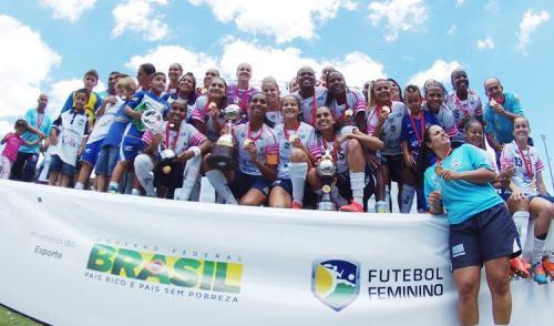 VÍDEO: meninas do São José são tricampeãs da Libertadores