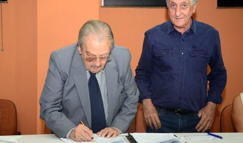 VÍDEO: assinado contrato para gestão do Pronto Socorro de Pinda
