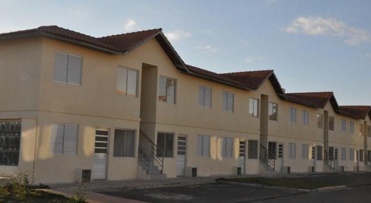 Taubaté faz entrega das chaves de 320 unidades habitacionais