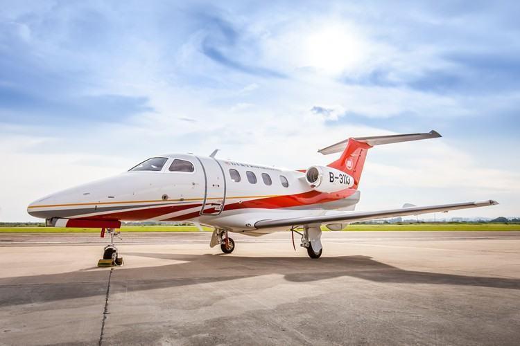 [Brasil] Embraer entrega primeira aeronave Phenom 100E para operação na China 20151215-jato-phenom100-embraer-750x500