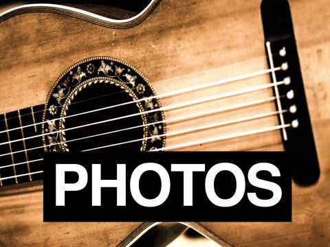 Navigation image for Portland Guitar Duo classical guitar images and portraits