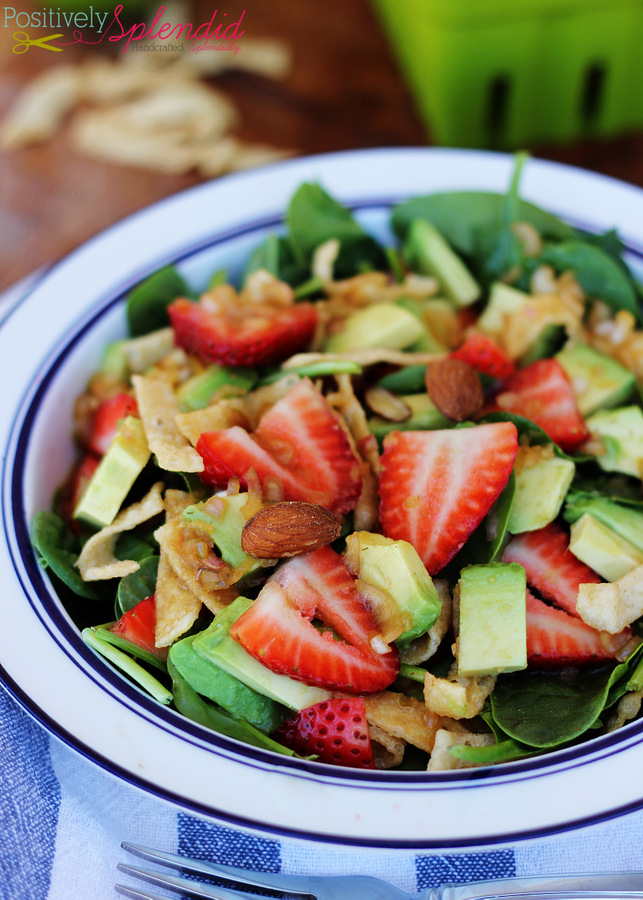 Asian strawberry spinach salad. So fresh and delicious!