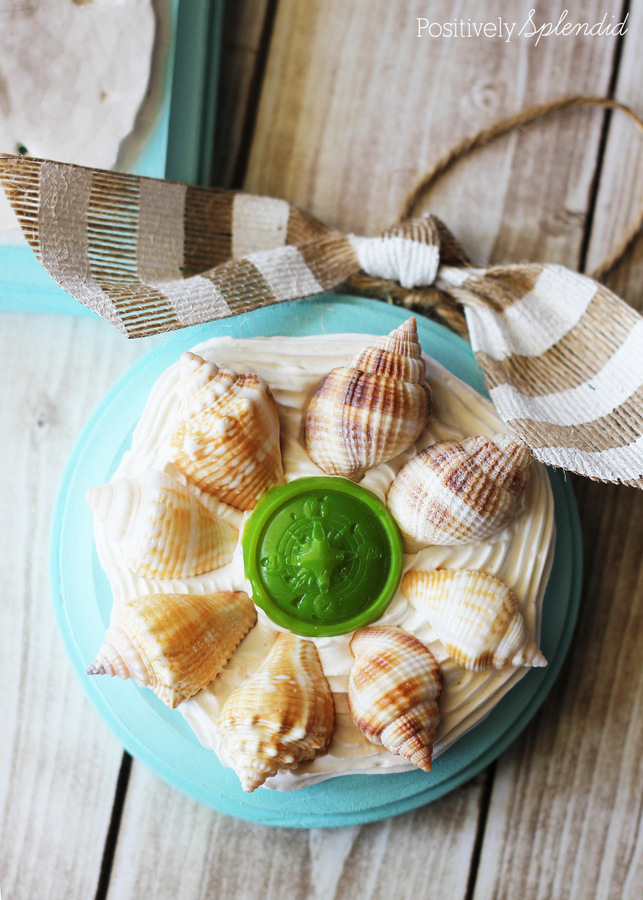 Make ornaments from shells gathered at the beach for a lovely memento. So fun! #modpodge #plaidcrafts