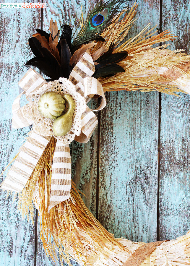 Elegant autumn wreath fall decor at Positively Splendid. So beautiful, and made in minutes! #falldecor #fall #crafts #wreaths #diy
