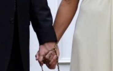 wedding/hands