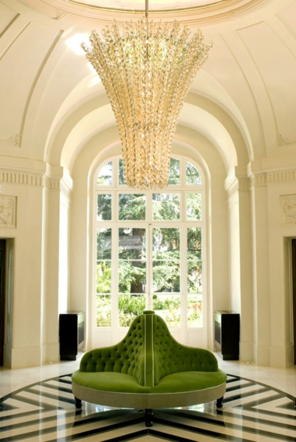 trianon-versailles-dpages-blog What Are the Latest Home Decor Trends?
