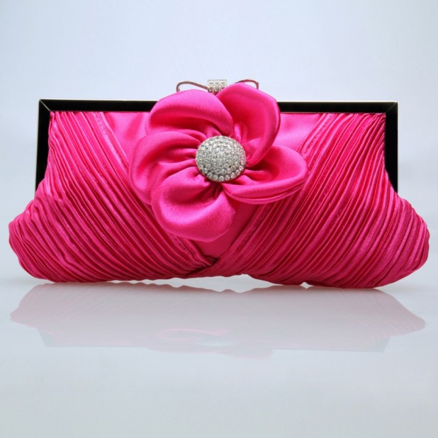 Bridal-Handbags-Brocade-evening-bag-evening-bag-ladies-handbag-clutch-bag-Clutch-female-bags-images-Bridalbags-bridalhandbags075_4 50 Fabulous & Elegant Evening Handbags and Purses