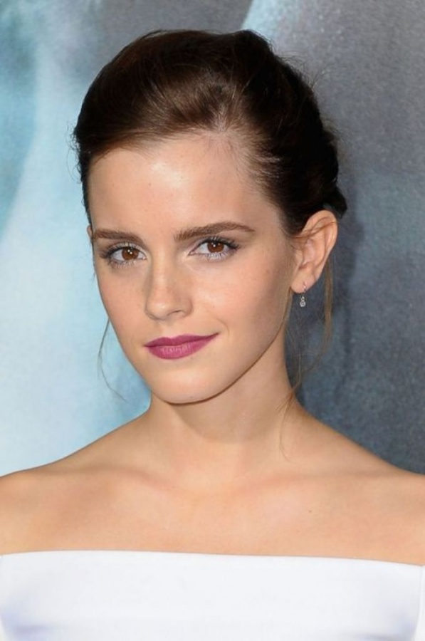 emma-watson-lipstick-h724 What Are the Latest Beauty Trends for 2014?