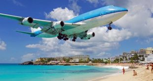 Top 10 Weirdest Airport in The World