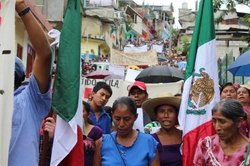 Chiapas: Indígenas Choles denuncian operativo militar, policiaco y paramilitar de gran envergadura en su territorio.