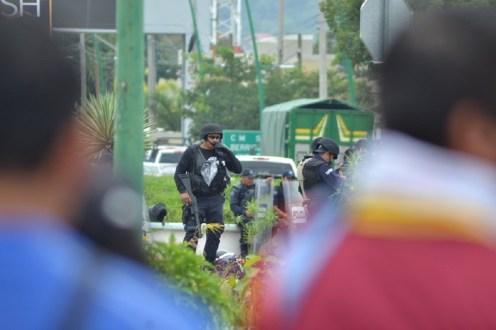 La movilización se mantiene contundente, CNTE acciona con bloqueos en distintos puntos de Tuxtla Gutiérrez.