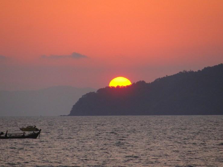 Pôr do sol em Ao Nang