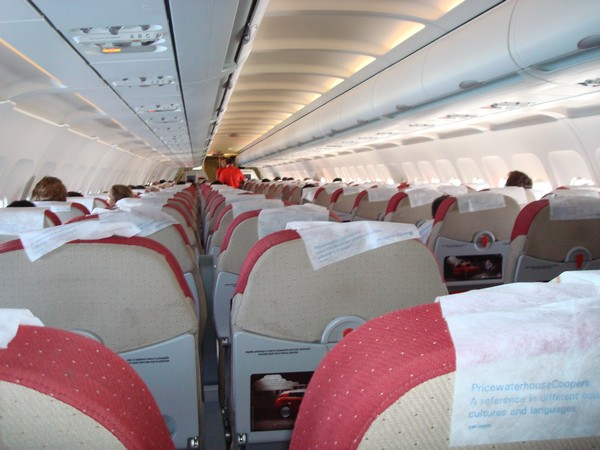 aviacao_tam_a320_interior