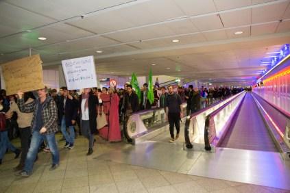 Demo-gegen-Abschiebung-Flughafen_Muenchen-20