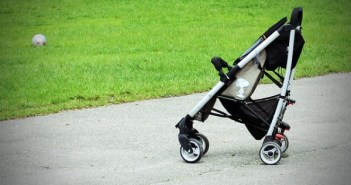 baby-carriage-337696_640