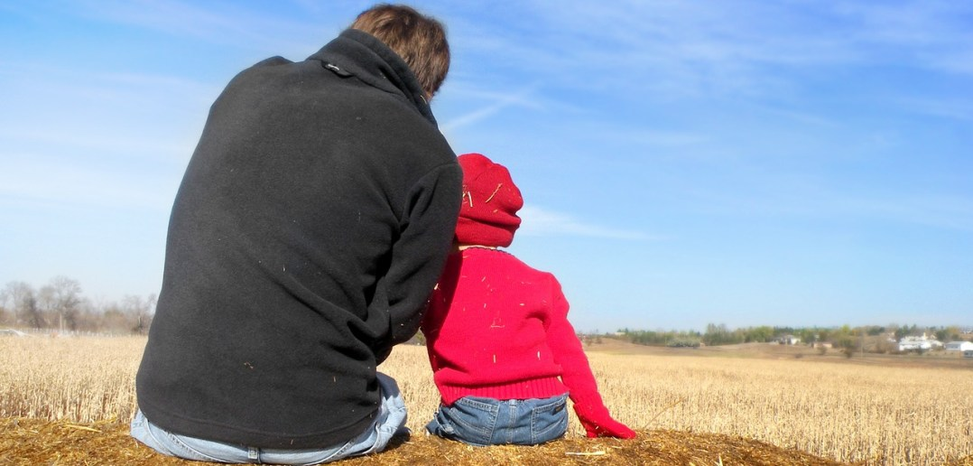 dad-and-son-1432772_1280