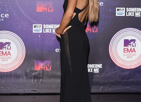 ariana-grande-ema-mtv-awards-2014-gty-6