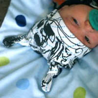 Top Knot Baby Hat Tutorial