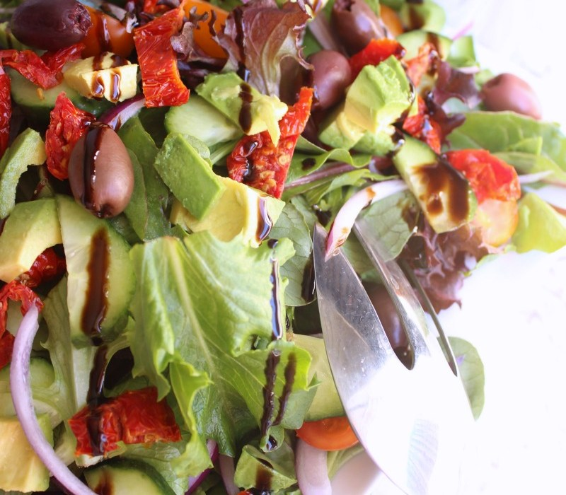 Simple dinner party salad